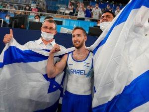 Впервые израильтянин завоевал золотую медаль олимпиады в спортивной гимнастике. Чемпионом стал Артем Долгопят